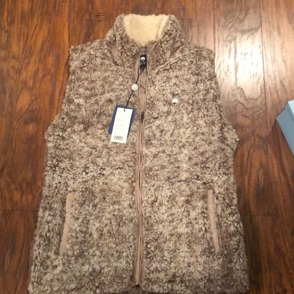 The Southern Shirt Company Jackets & Blazers - Southern Shirt Company Sherpa Vest NWT